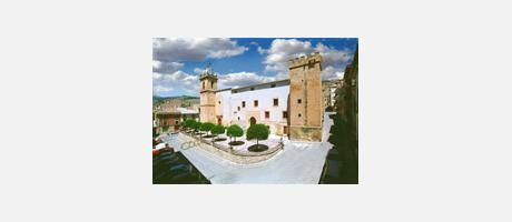Img 2: IGLESIA PARROQUIAL SANTIAGO APÓSTOL (SAINT JAMES THE APOSTLE PARISH CHURCH)
