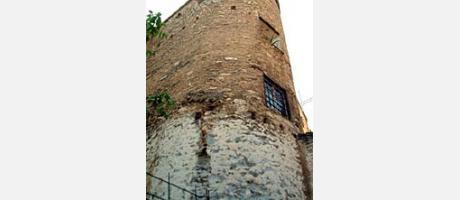 564_es_imagen2-torre-muralla-arabe5.jpg