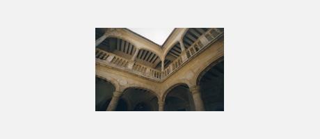 Img 2: TOWN HALL (MUNICIPAL PALACE)