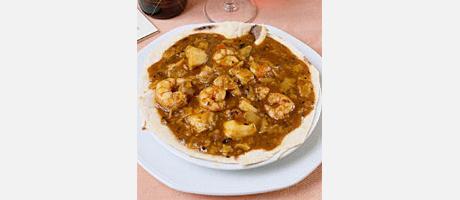 Gazpacho marinero (seafood stew)