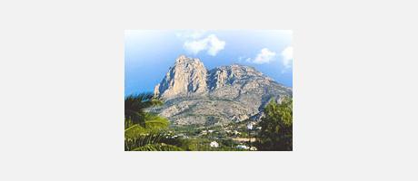 Img 1: La Serra Aitana i el Puig Campana