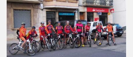 Img 1: Salida en bicicleta por carretera desde Vilafranca.
