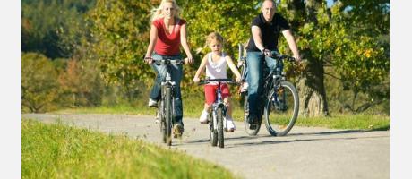 Excursión familiar en bicicleta