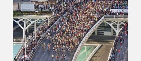 >Esta año participan más 21.000 corredores