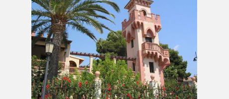 Villa con torre