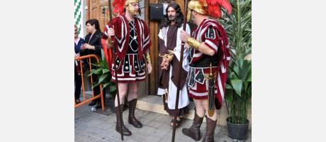 Soldados romanos y Jesús