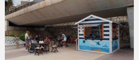 Biblioplaya y ludoteca en El Campello