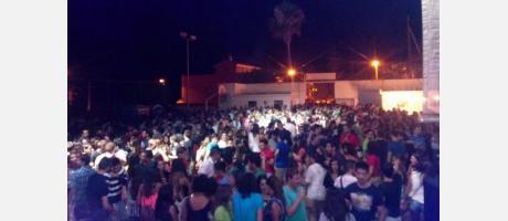 Fiestas en el frontón de Artesa