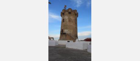 Torre de Paterna y cuevas