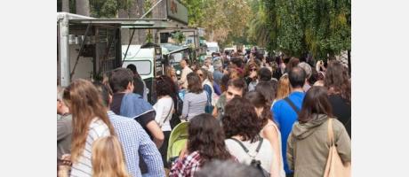 Imagen de Viveros con los food trucks