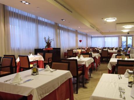 Buffet Restaurant Sandos Mónaco