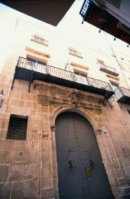 Img 1: Archivo histórico municipal. Palacio Maissonave
