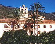 Musée Et Église Des Padres Carmelitas (Prêtes Carmes)