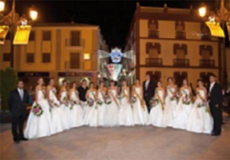 Proclamación y Presentación de los Capitanes, cargos, Festeros, Festeras y Reina de Fiestas 2014