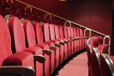 "Adult Theatre: ""ACTE ÚNIC"""