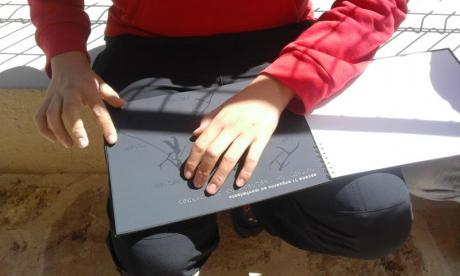 Visita guiada para discapacitados visuales a las pinturas rupestres del abrigo Cova dels Rossegadors de La Pobla de Benifassà – BaixMaestrat