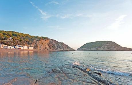 El encanto mediterráneo de la Cala del Portitxol