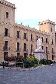 Palau Dels Comtes De Cervelló