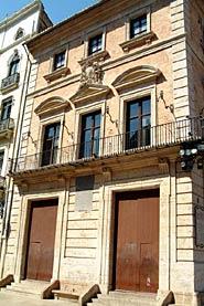 The Vestuario House