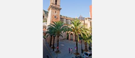 Fachada de la iglesia de los Santos Juanes en Cullera