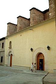 Kloster San Vicente De La Roqueta Und Kirche