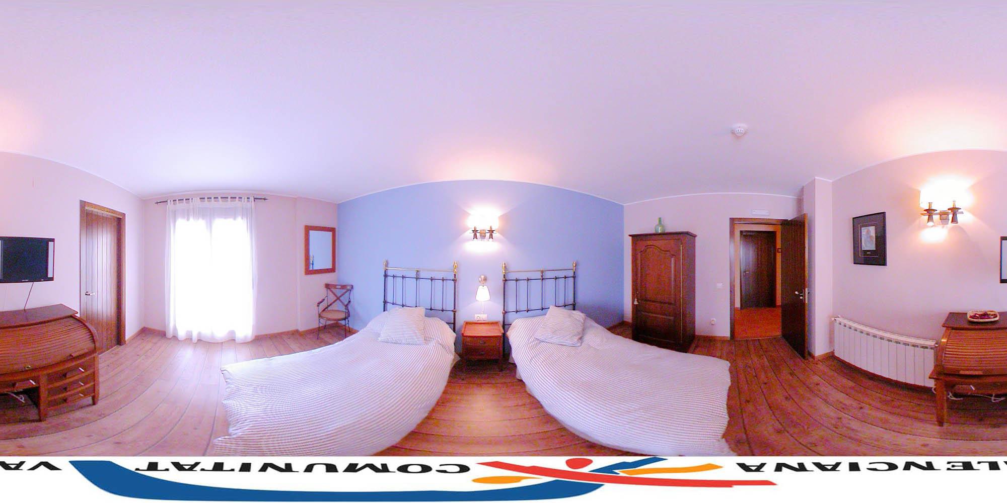 HOTEL LOS ABRILES