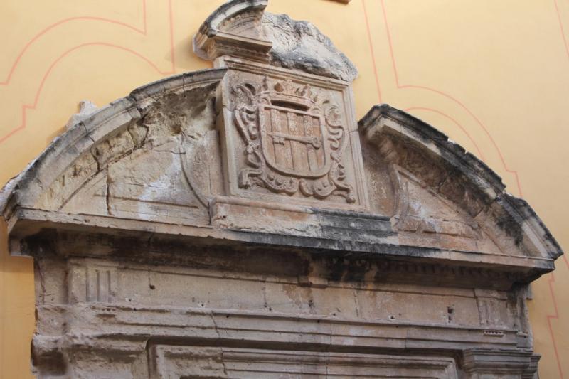Escudo Convento de Santa Lucía