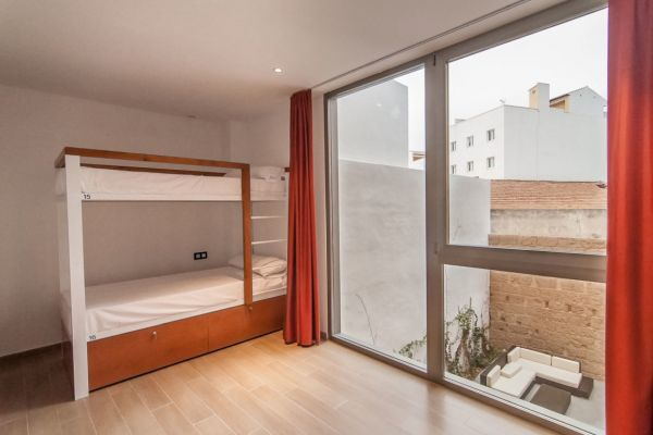 YOUTH HOSTEL JAVEA