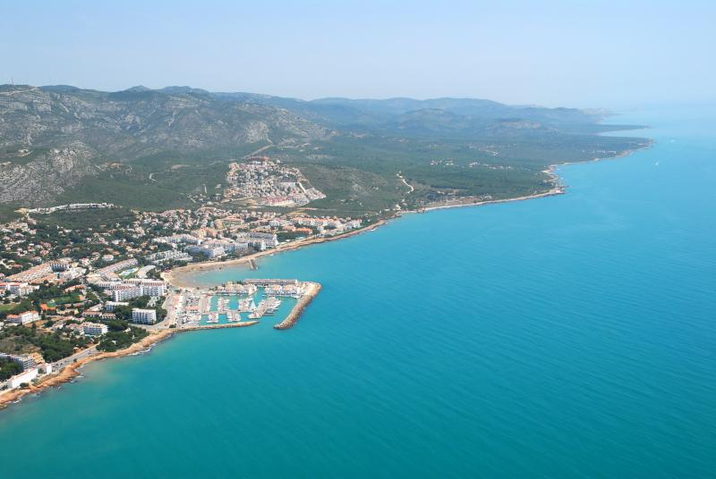 The Castellon Coastline: Beaches, Cliffs and Wetlands